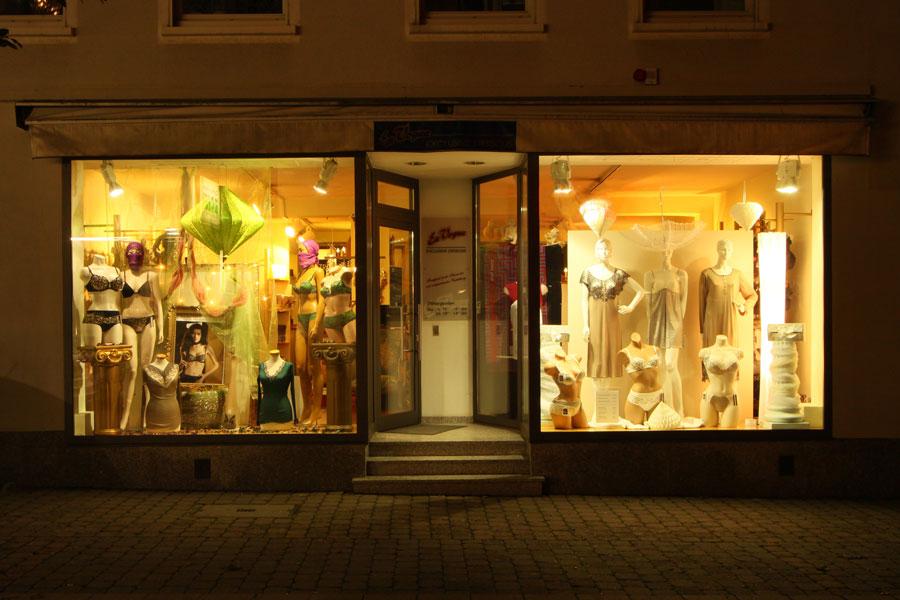 quality design 38393 e678d Exklusive Dessous, Nachtwäsche und Bademode | En Vogue Homburg
